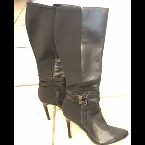 EUC WHBM Black Leather ZIP Up Adelaide Boots 10
